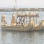 双頭のトトラ船